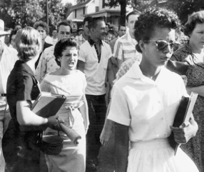 Little Rock, Arkensas, 1957. On ne devient raciste que lorsque la personne de l'autre race est objectivement notre égale.