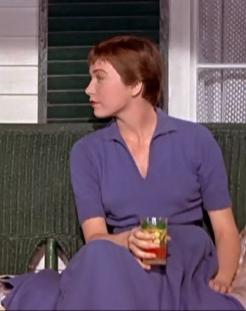 shirley-maclaine-trouble-with-harry-1955-7