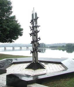 Holocaust_Memorial-_Harrisburg,_PA-David_Ascalon